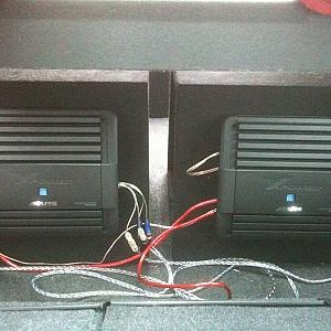 2 Alpine MRP-m500 mono block Amplifiers, in second set of sealed boxed