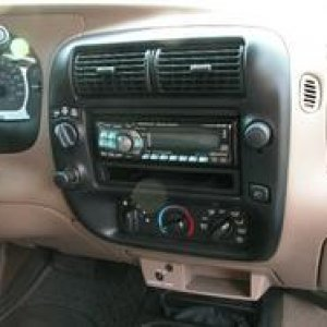 Alpine CDA-9811 Installed in ranger